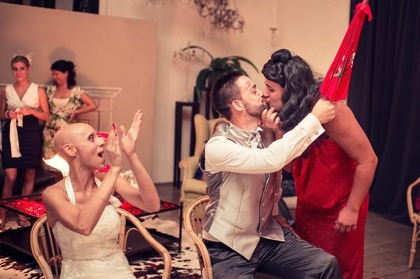 Cô dâu bị ung thư đẹp ngỡ ngàng trong ngày cưới 34