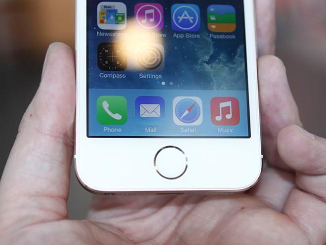 Mở hộp iPhone 5S vừa về Việt Nam 13