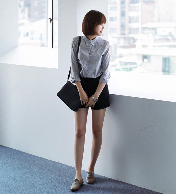 Những chiếc áo hè có thể tận dụng cho thời trang thu đông 17