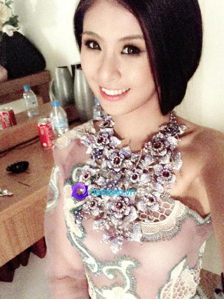 HH Ngọc Hân tung ảnh cô dâu khiến dân mạng xôn xao 8