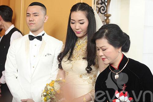 Cận cảnh đám cưới cổ tích của Á hậu Thùy Trang 14