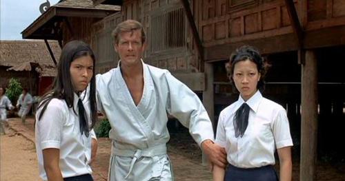 Bí mật thú vị về bà chủ nhà siêu dữ trong 'Tuyệt đỉnh kungfu' 4